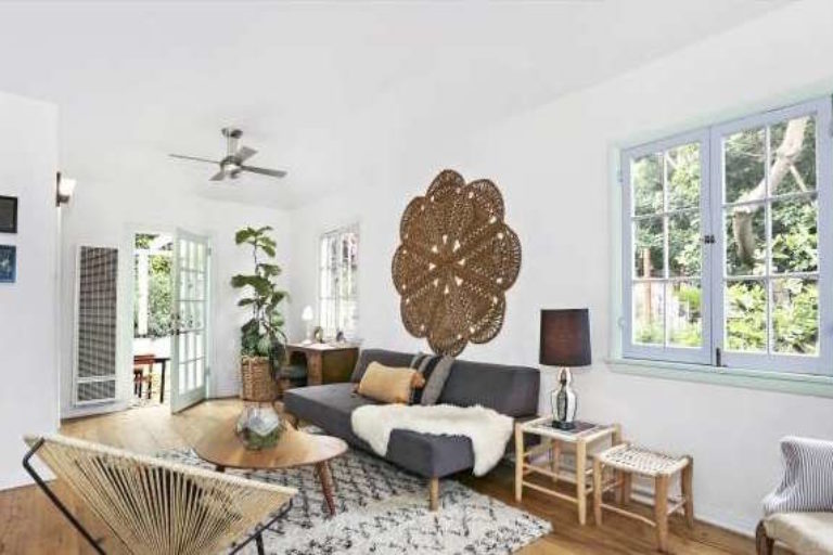 Sweet Spring Storybook Bungalow in Echo Park!