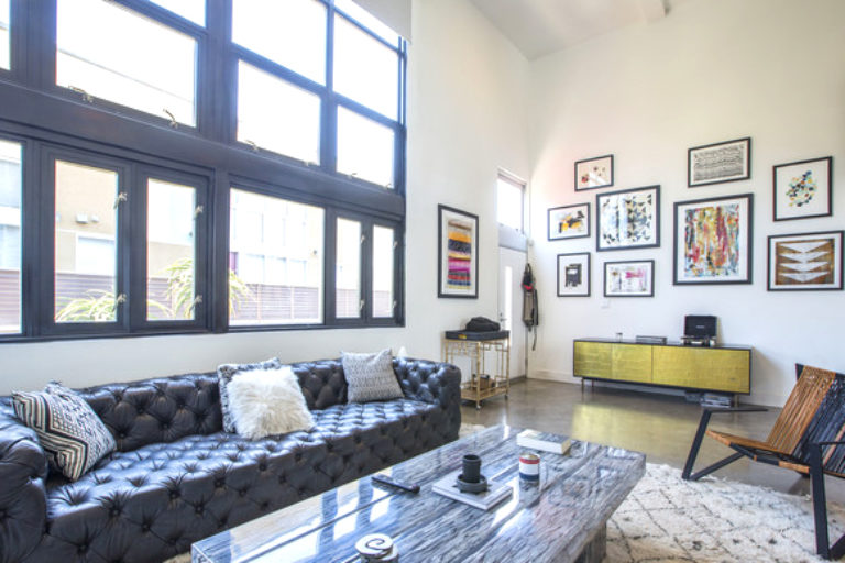 Modern Living in this Chic West Hollywood Condo!