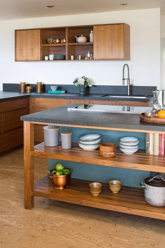 exclusive-home-tour-mid-century-goals-mid-century-modern-design-white-kitchen-with-open-shelving-582cb0e93b2565083ae901fa-w620_h800