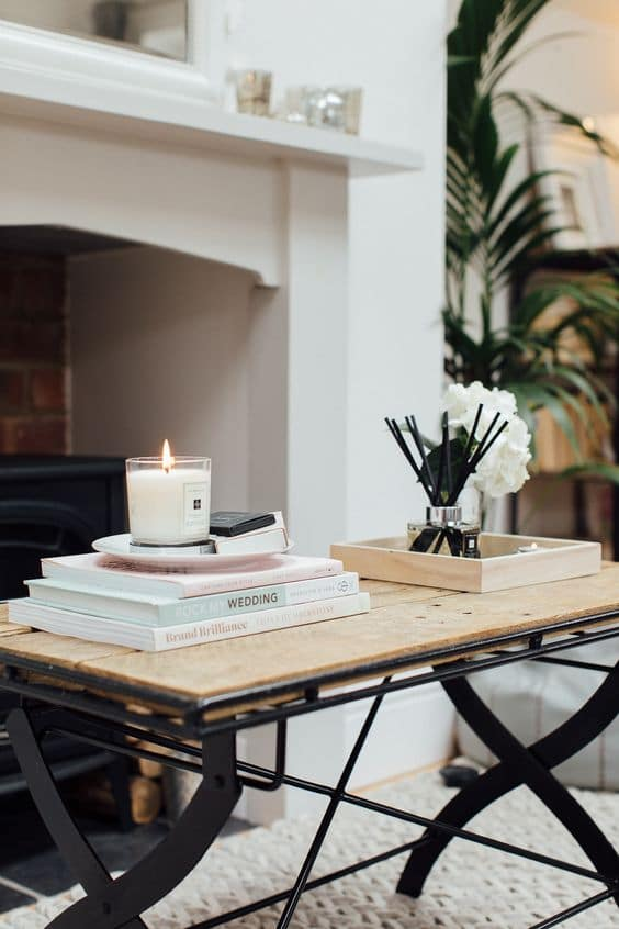 How To Decorate Your Coffee Table With Books